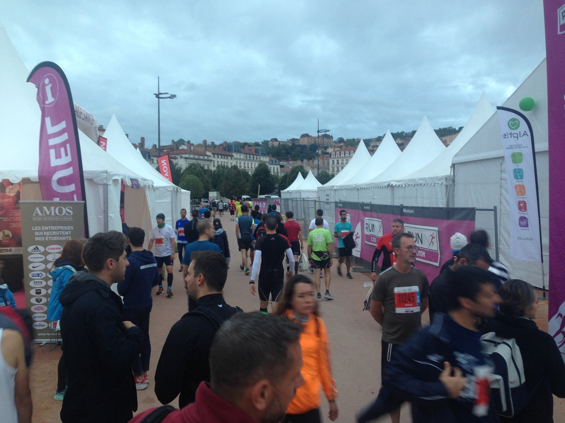 2-Le village marathon place Bellecour
