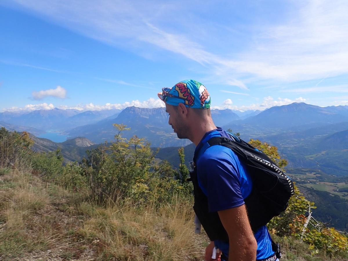 9-Nous c'est à pieds qu'on monte le Mont Colombis