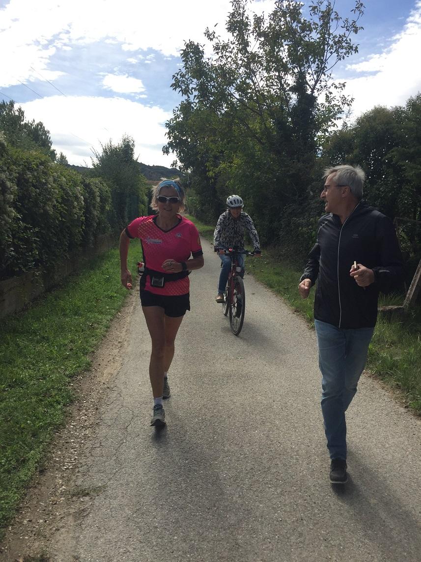 40-Ses derniers mètres, accompagnée de Geneviève et Daniel