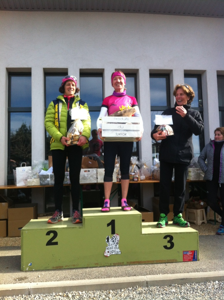 30-2ème podium: Agnès 1ère au scratch sur le 15
