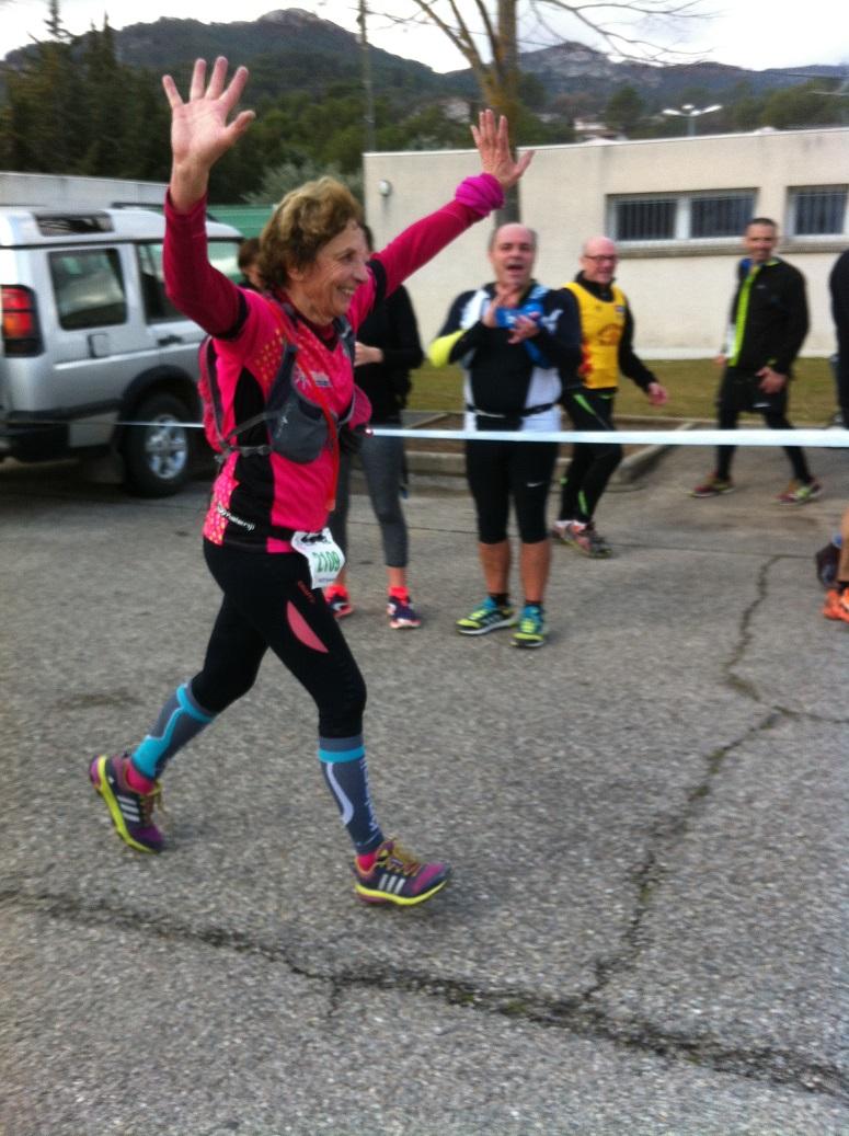 33-L'arrivée triomphale de Queen Geneviève suite à son 11km (12h26)