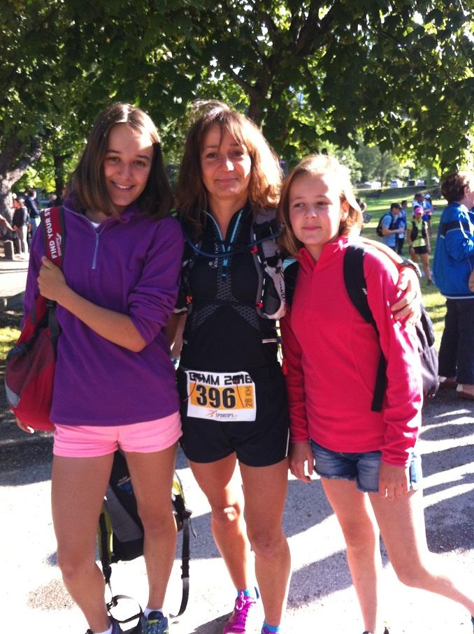 11-Stef' au départ avec ses 2 filles
