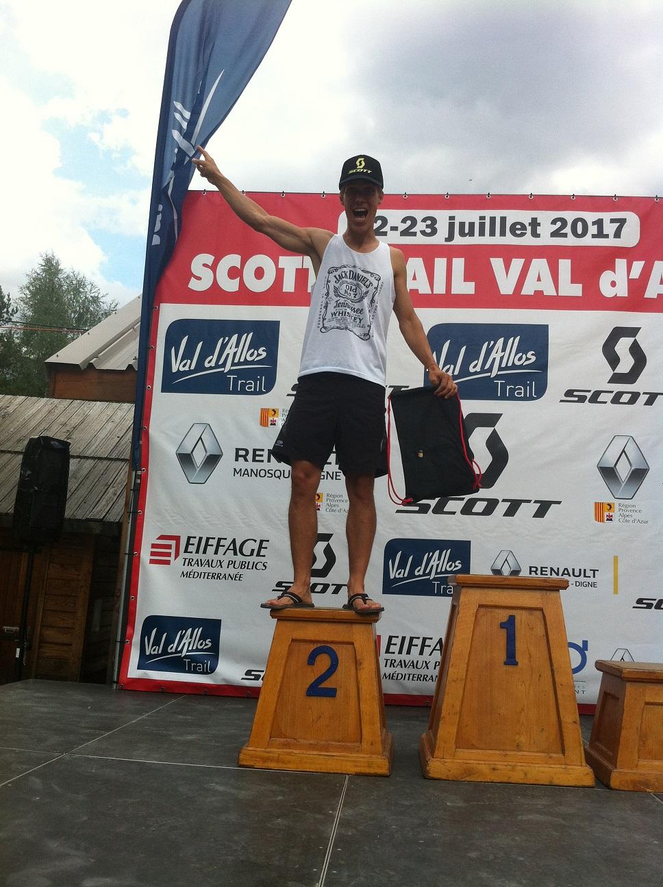 22-Et podium et 2ème place pour l'autre Blondasse aussi, yes!