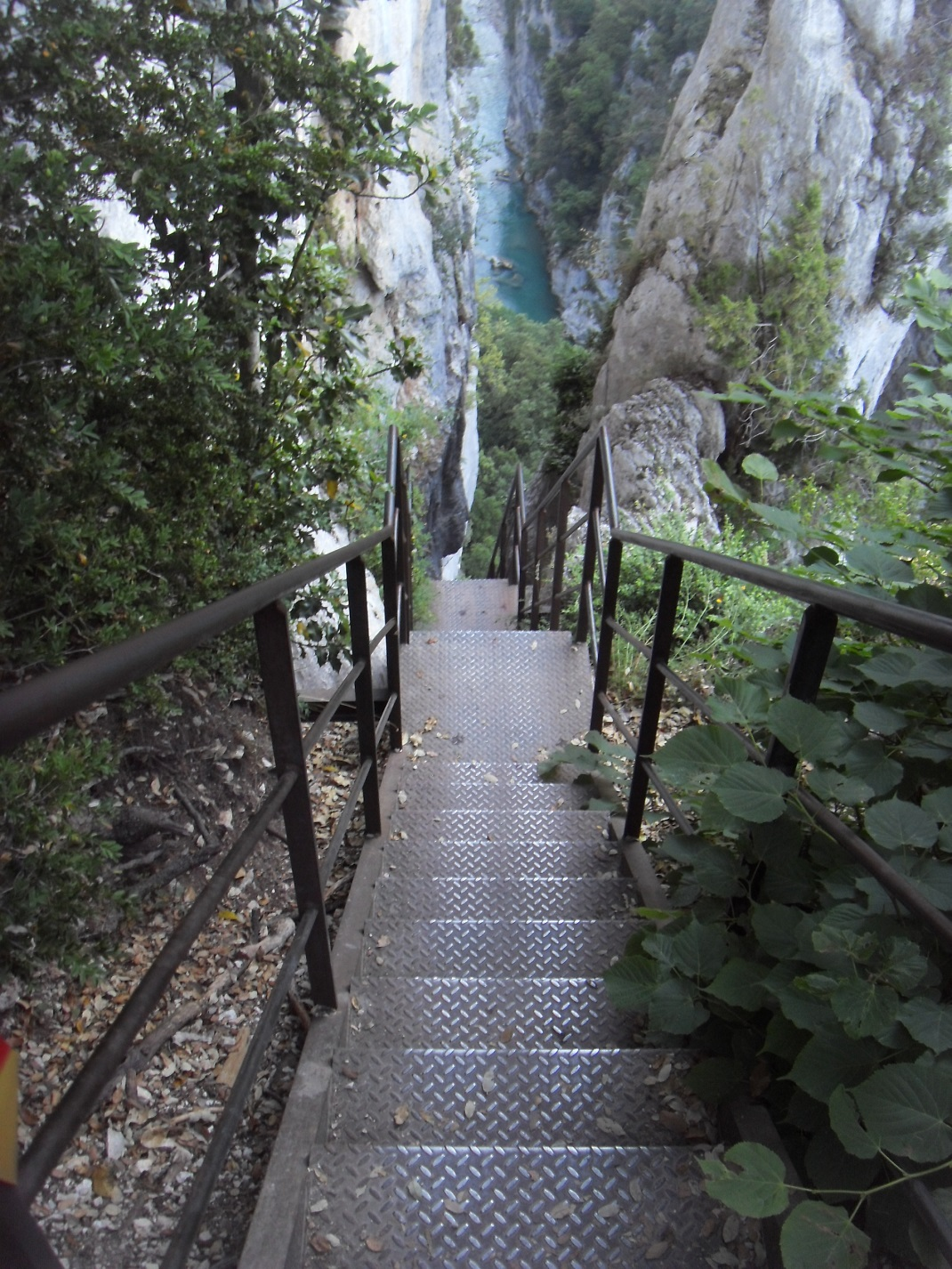29-Les escaliers de la Brèche Imbert, vertigineux..