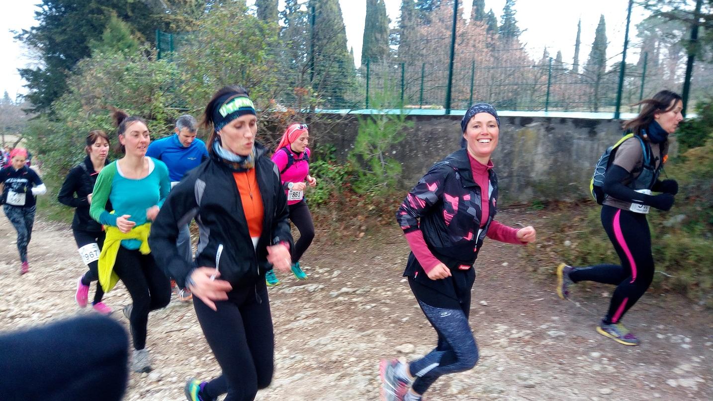 2-Et c'est parti: Caroline a le sourire, Marisol est concentrée..