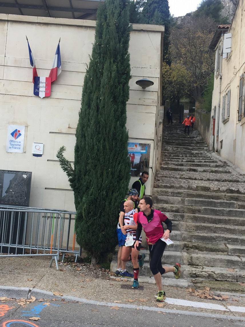 19-Descente des marches de Jean-François..