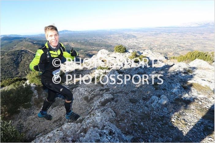 15-Stef au sommet du Mont Olympe (km13, 1h31 de course)
