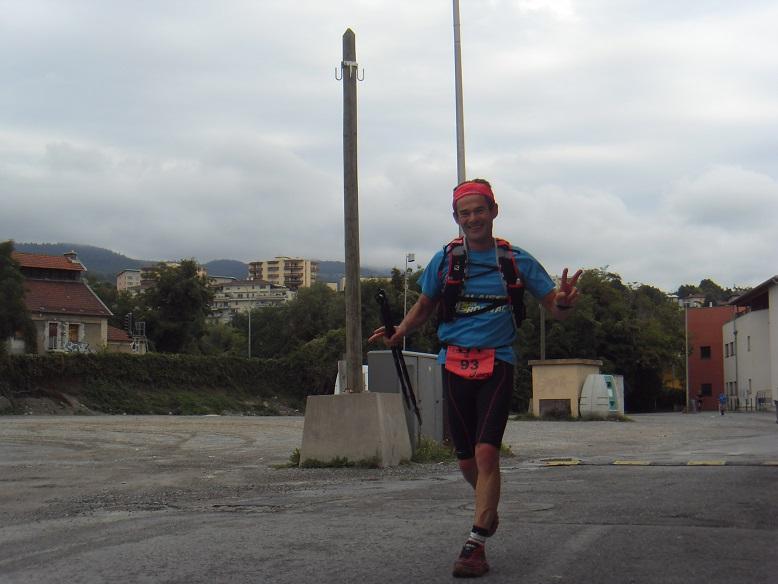 34-Et juste 10mn après, voici Christophe à 1km de l'arrivée..