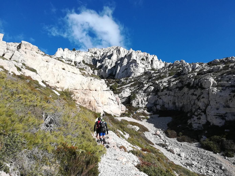 9-C'est beau mais costaud: la montée de Marseilleveyre