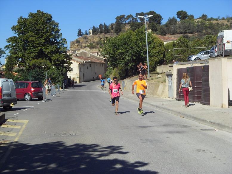 23-Et voilà déjà Camille qui finit au sprint la longue distance