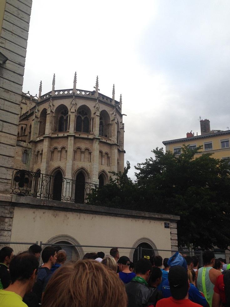 7-On passe la cathédrale.. avant la ligne de départ..