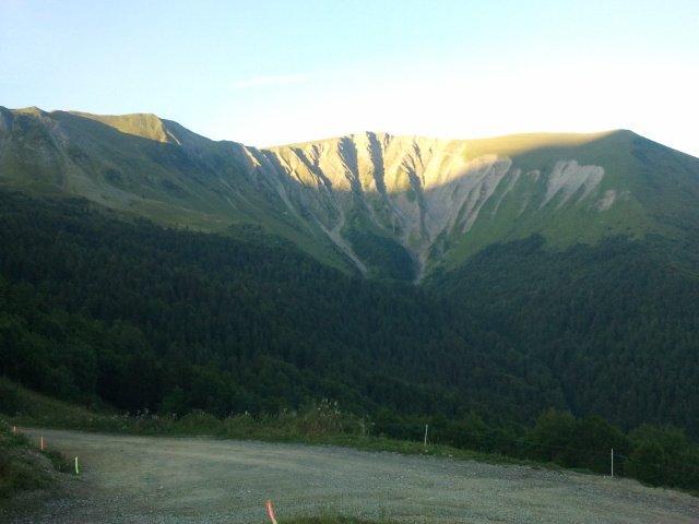 54-Le jour se lève à nouveau sur les 4 massifs..