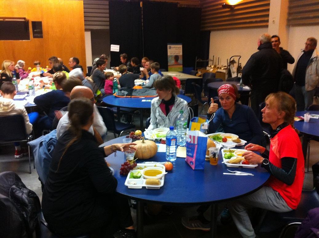 19-Et un bon repas d'après-course bien mérité