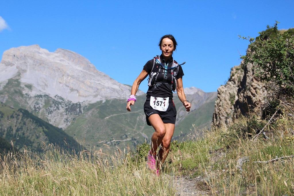 37-Alors que sur le 23', Stéphanie trace son chemin (13ème km)