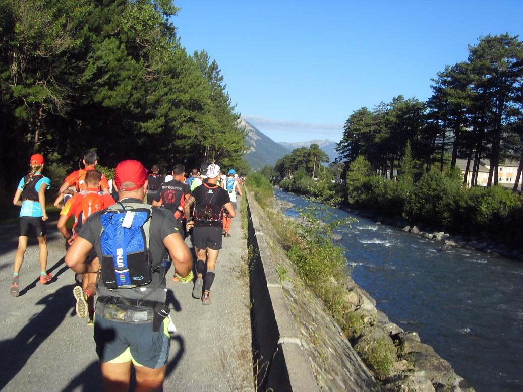 16-C'est parti: 1ers kms le long de l'Ubaye (pour les 2 parcours)