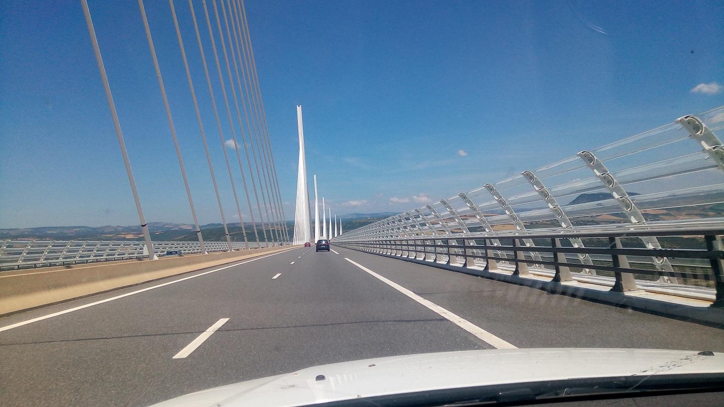 2-Passage par le viaduc de Millau