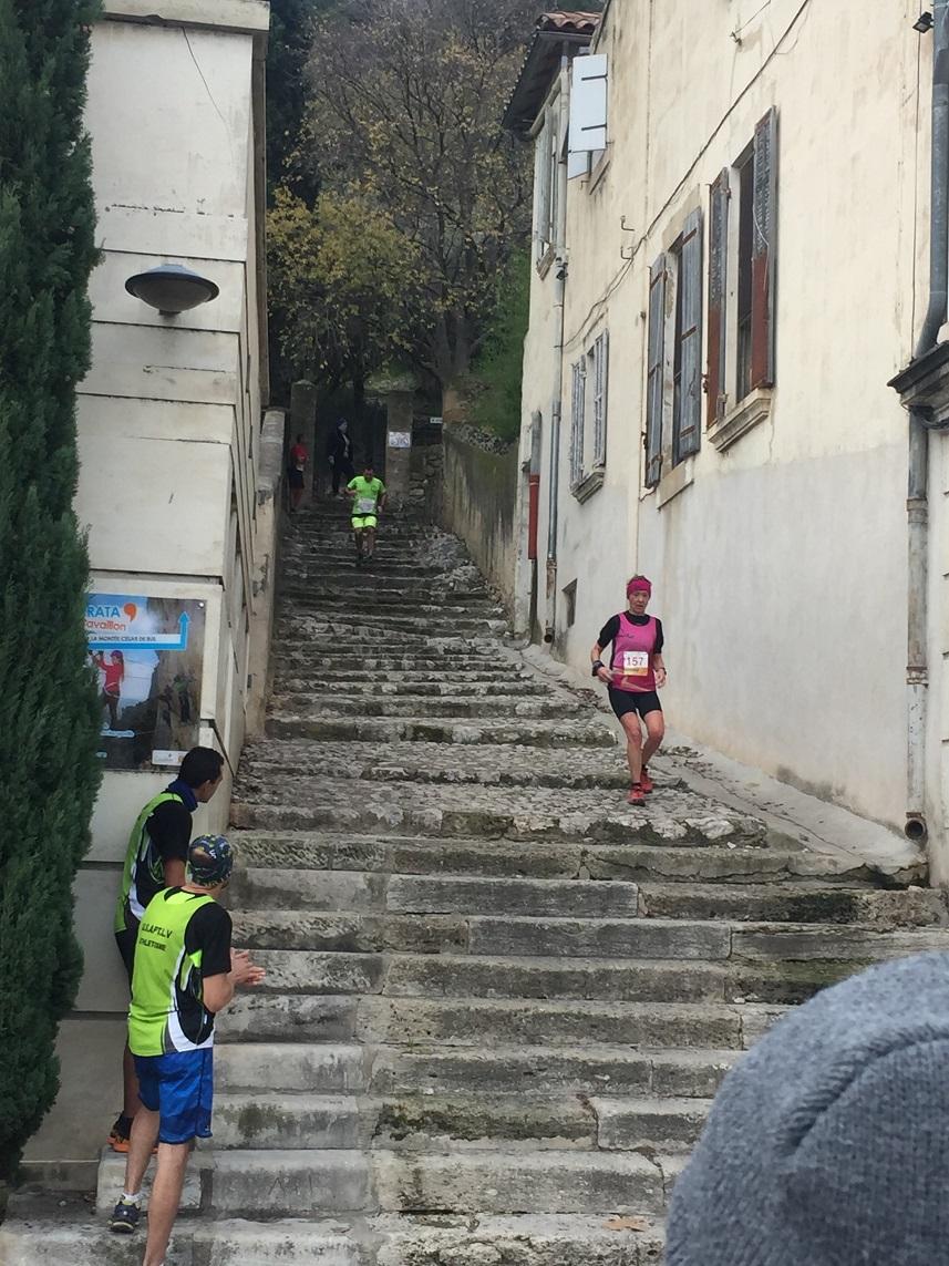 25-Et voici Agnès, encore quelques marches..