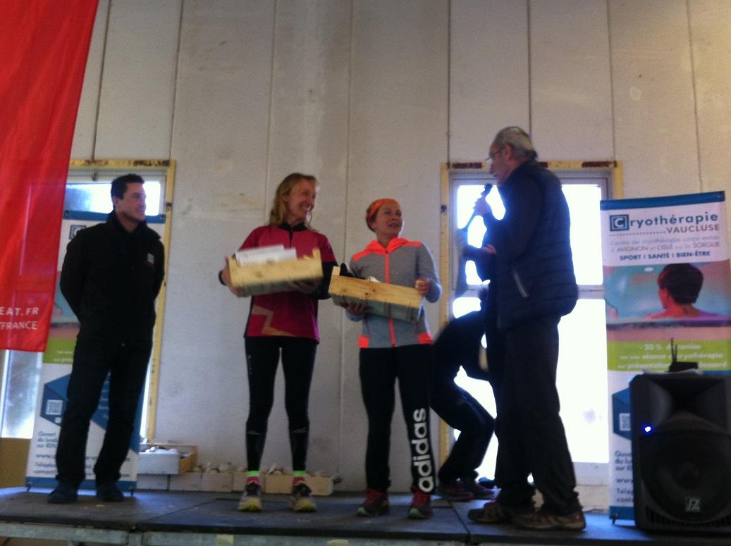 36-Et place aux podiums: 2ème au scratch pour Agnès!