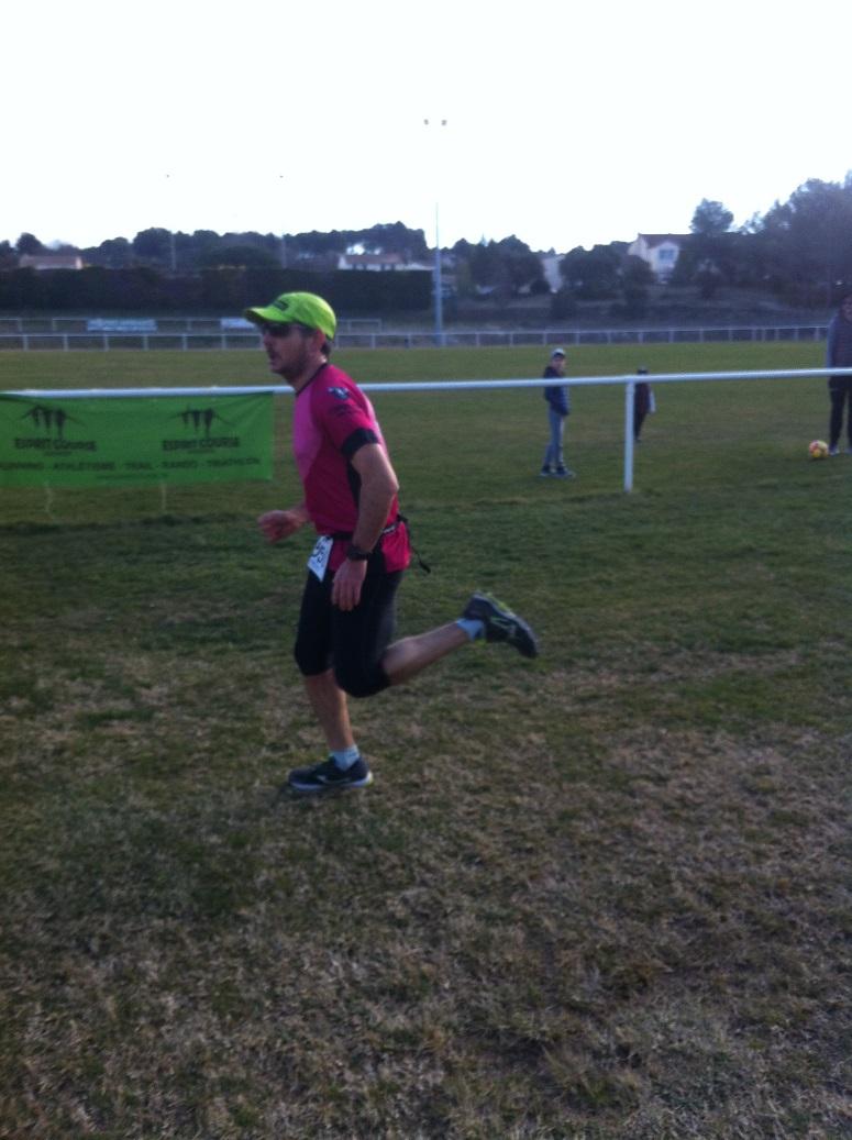 13-Et voici l'arrivée de Coach Sergio, de retour en course après sa longue blessure
