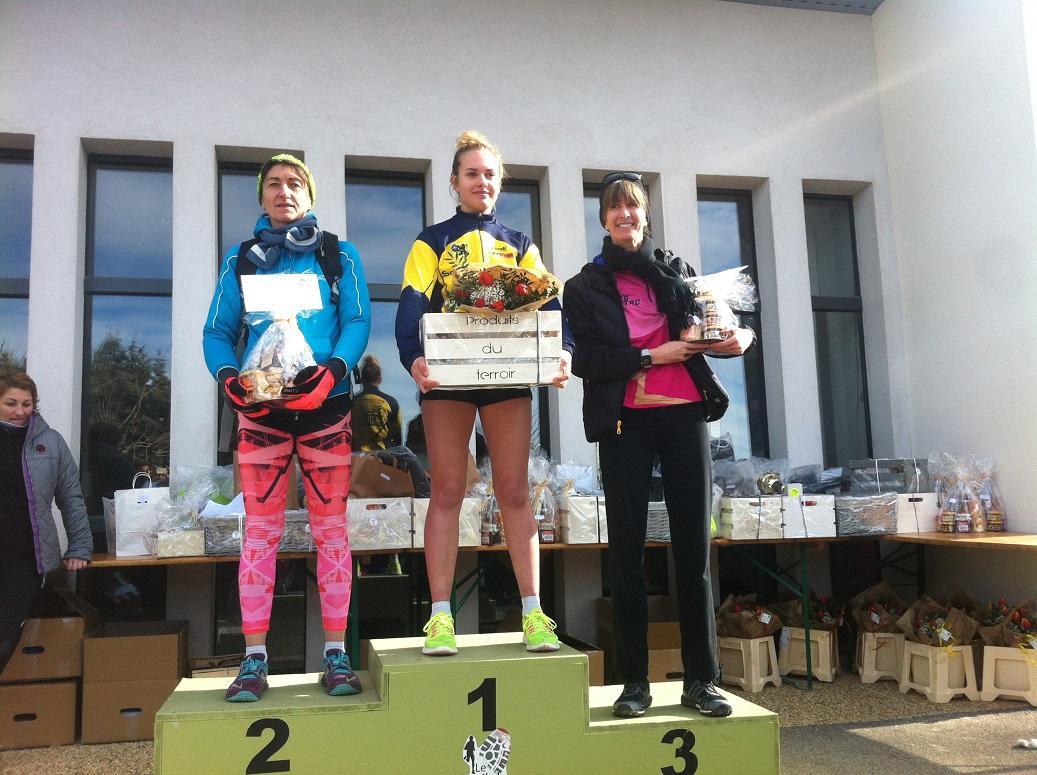 29-1er podium: Laëtitia 3ème au scratch sur le 7,5