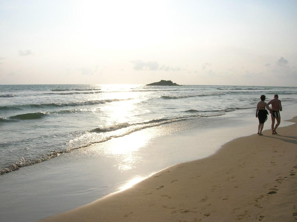 Sonnenuntergang am Strand von Bentota