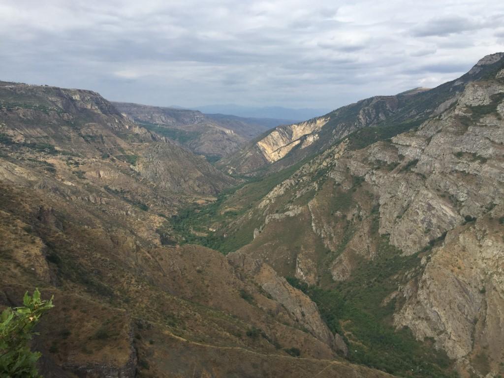 Ausblick vom whatchtower in die Vorotanschlucht