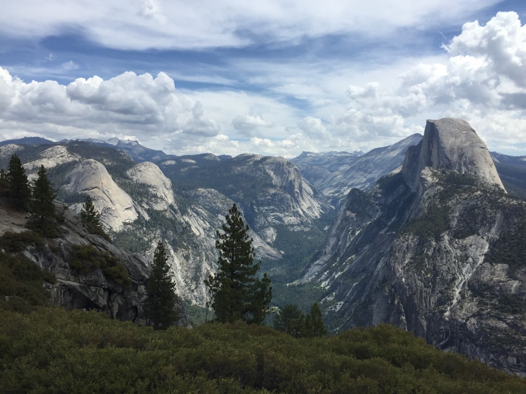 Blick vom Glacier Point ins Yosemite Valley