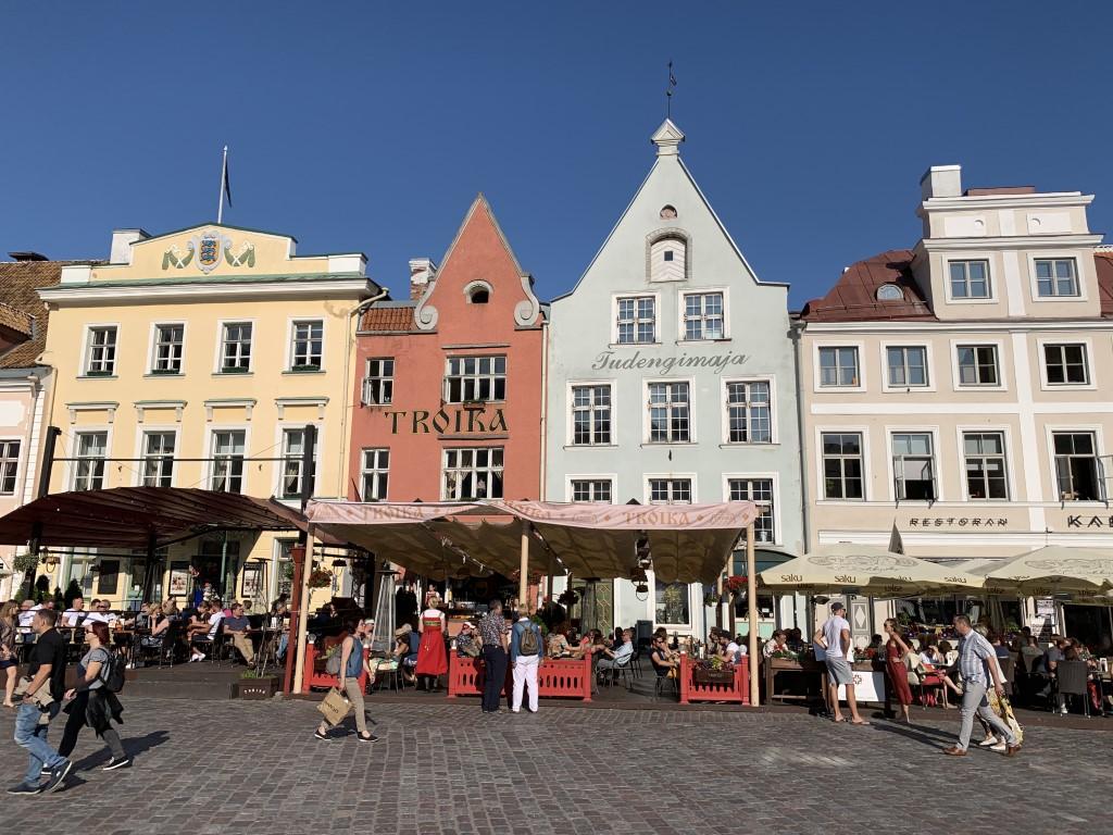 Estland, Tallinn, Reval, Altstadt, Denkmal, Rathausplatz, Judengimaja, Troika