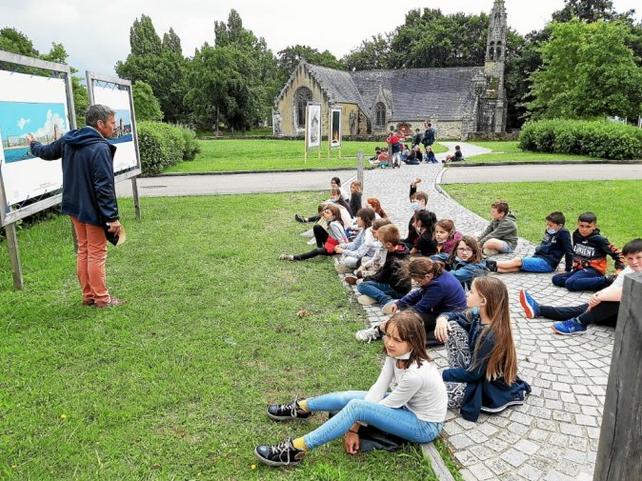 Ce mardi 29 juin, dans l'après-midi, c'était au tour des CE de l'école du bourg de Moëlan de profiter de cette visite, qui dépasse bien sûr les limites de Brest pour parler de la nature et de ses transformations.  Le Télégramme