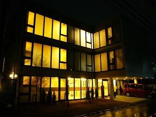 高齢者介護施設、夜景