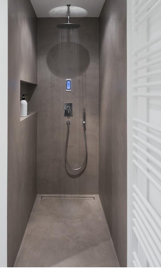 Fugenloses Badezimmer-Fugenlose Wandflächen - Beton Cire ...