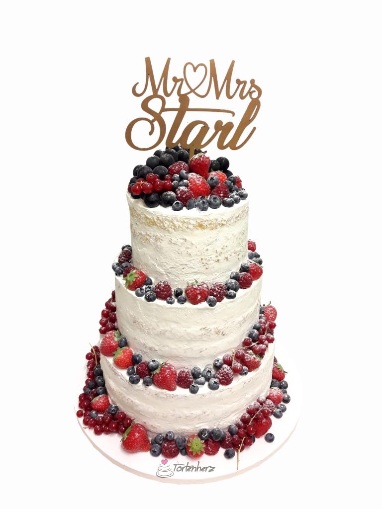 Semi Naked Cake mit vielen Früchten