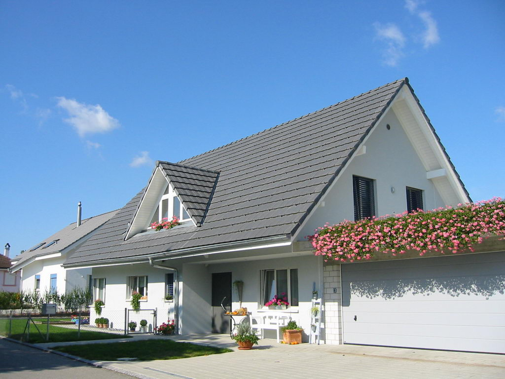 Willkommen in der gelebten Vielfältigkeit - Kurt Strub Riken - Zimmerei | Dachbau | Spenglerei | Fassadenbau | Innenausbau
