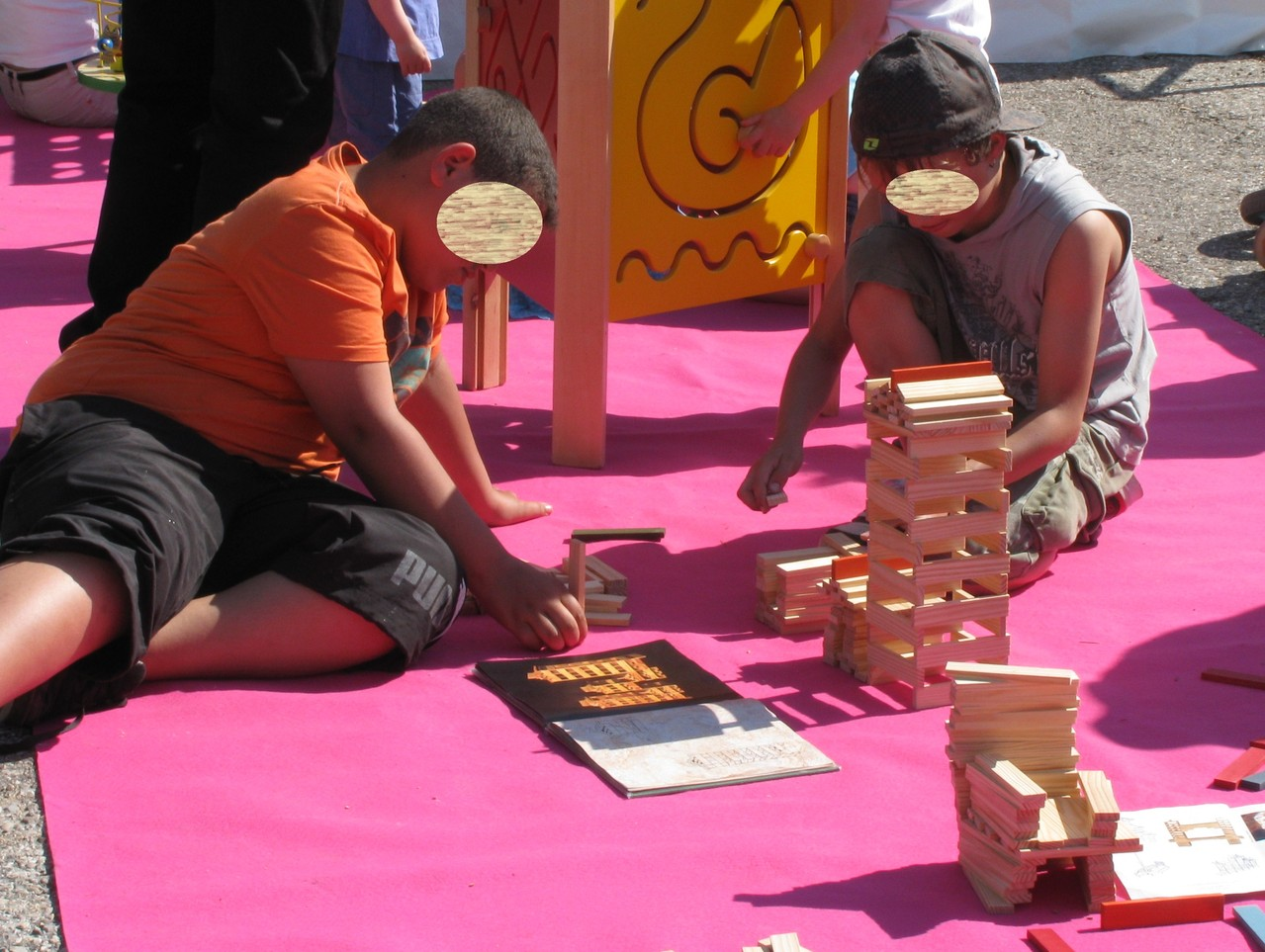 Jeux d'assemblage : construction