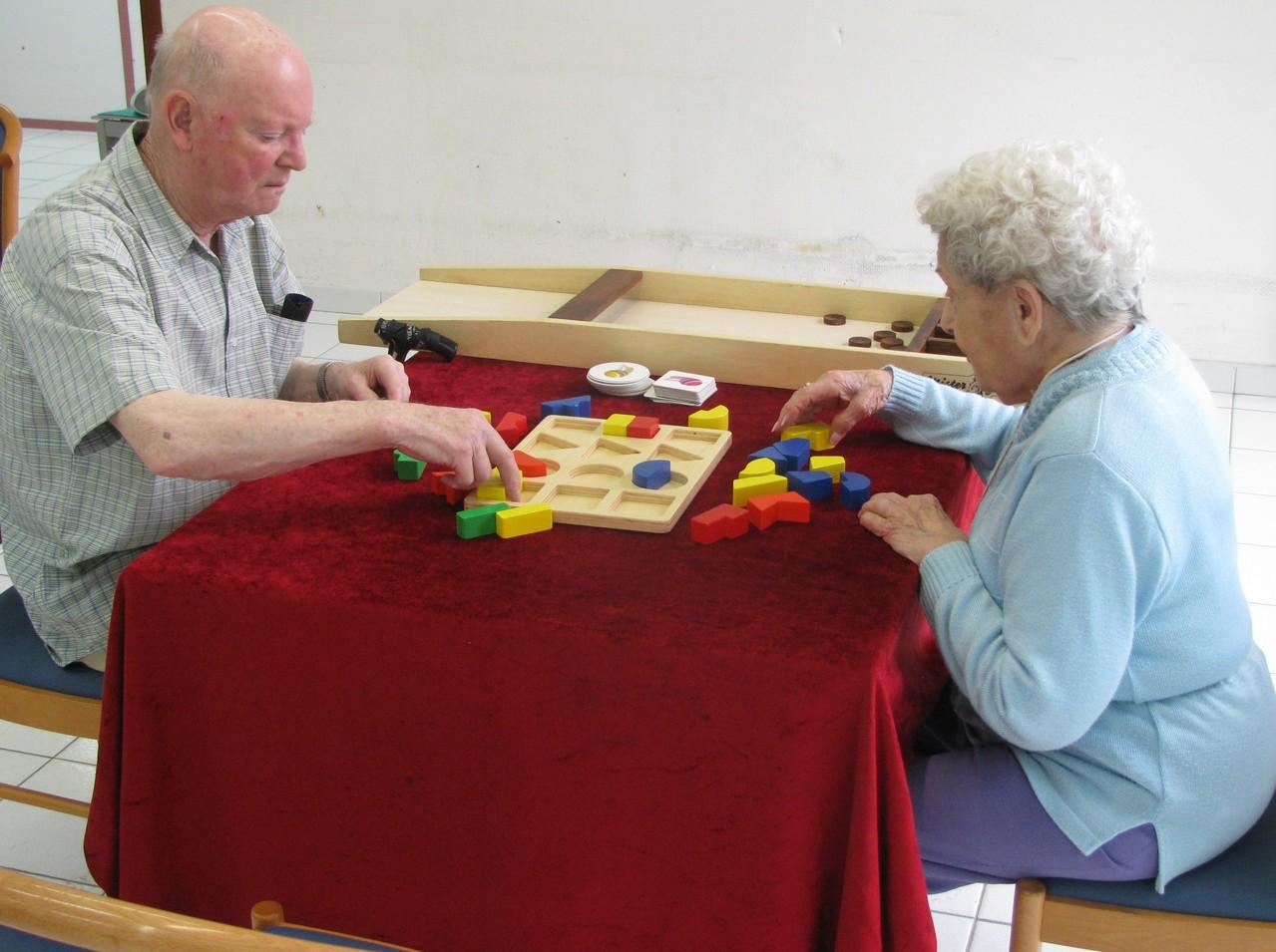 Puzzle forme et couleur en bois
