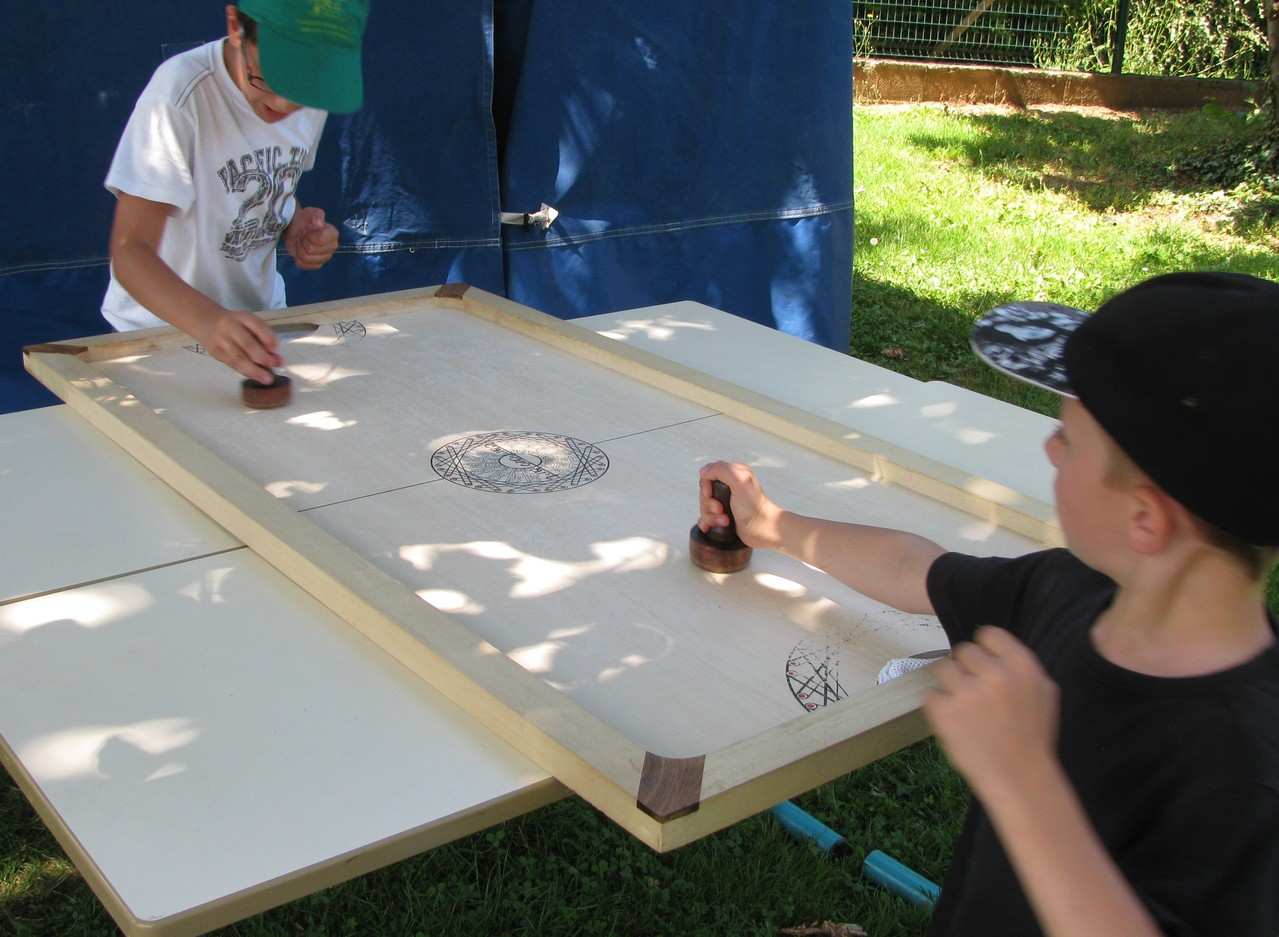 Shuffle Puck : hockey sur table