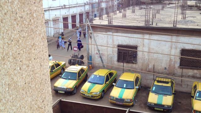 アフリカのタクシー・ターミナル