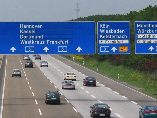 ドイツの高速道路アウトバーン