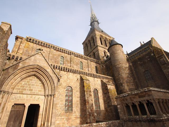 修道院の外観