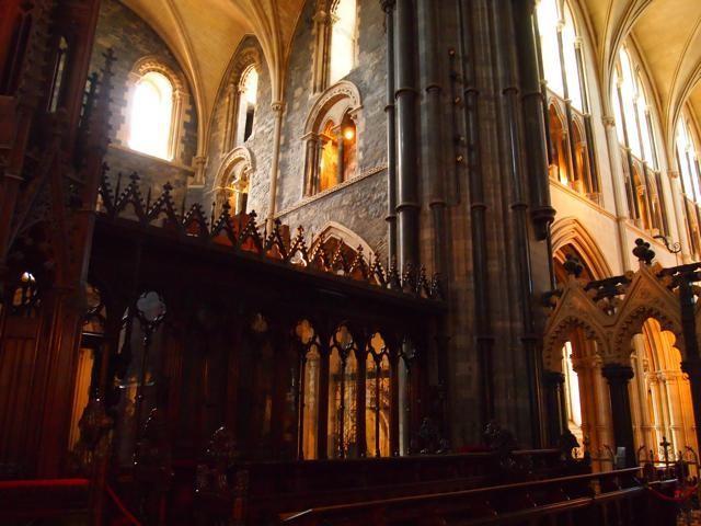 聖パトリック大聖堂の内部
