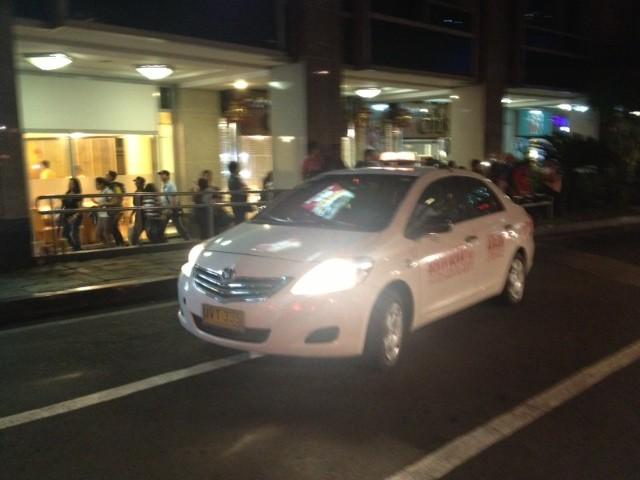 フィリピンのタクシー