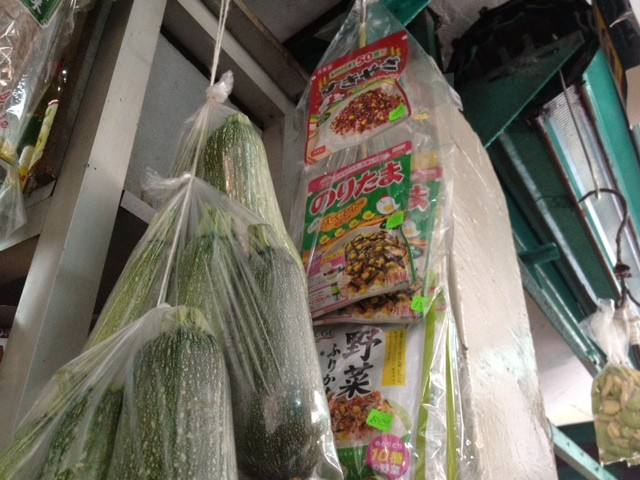 マーケットの日本食