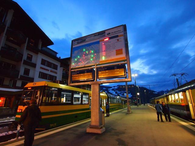 グリンデルヴァルトの駅