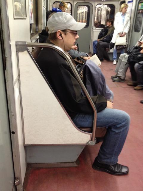 モスクワ地下鉄内