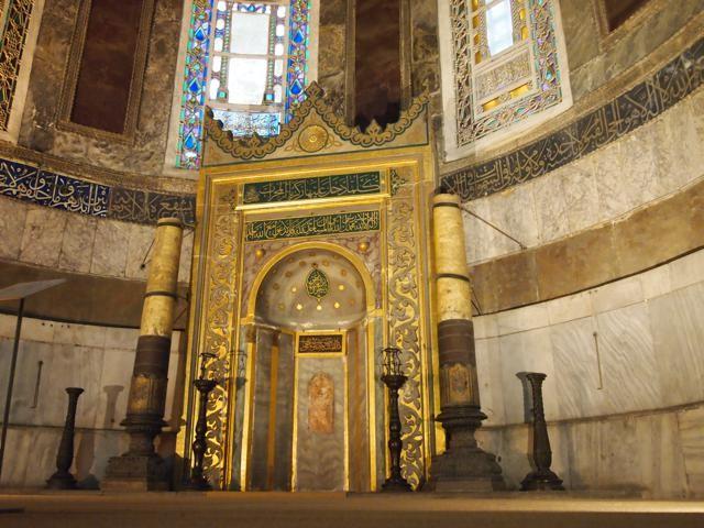 イスラム時代に取り付けられた、メッカの方角を示すミフラーブ