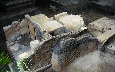 世界遺産「ホヤ・デ・セレンの古代遺跡」