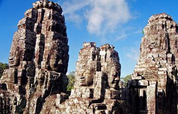 アンコール・トムのバイヨン寺院