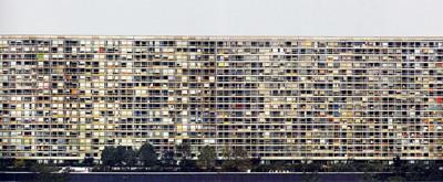 アンドレアス・グルスキー「パリ・モンパルナス」1993年