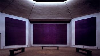 アメリカ・ヒューストン、メニル・コレクションのロスコ・チャペル。 宗教的体験を深化させるために、無宗教の教会としてデザインされた