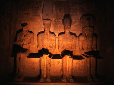 4体の神像が収められた最深部の至聖所